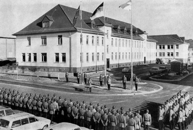 8-april-1974-einzug-2-div-luttich-kaserne