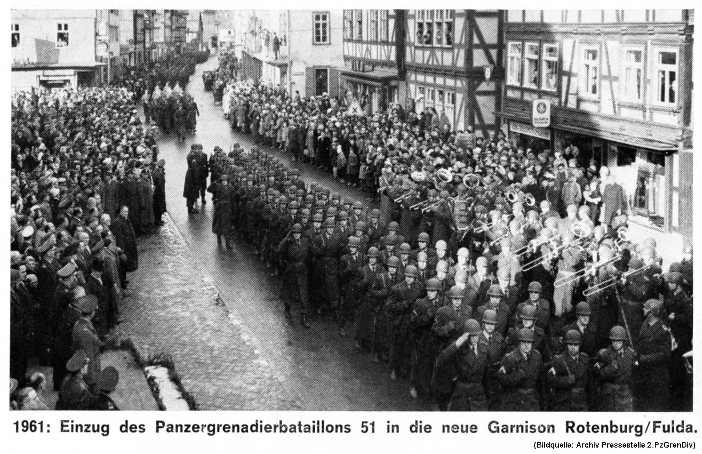 Rotenburg 1961 Einzug PzGrenbBtl 51